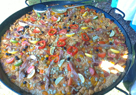 Chicken & Chorizo Paella Pan